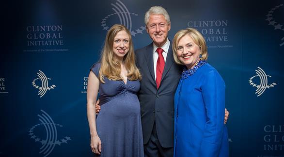 بيل وهيلاري كلينتون جدان للمرة الثانية