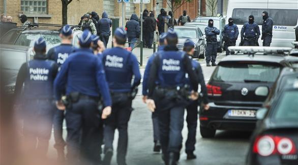 مجهول يهاجم رجلي شرطة بسكين في حي مولنبيك ببروكسل
