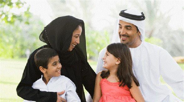 """دبي: عقد بـ """"توقيع ذكي"""" بين ولي الأمر والمدرسة"""