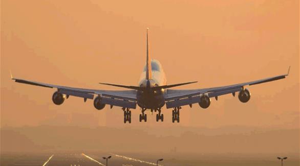 """اخبار الامارات العاجلة 0201609071108684 مبتعث سعودي """"ثمل"""" يتسبب بهبوط اضطراري لطائرة أمريكية أخبار عربية و عالمية"""