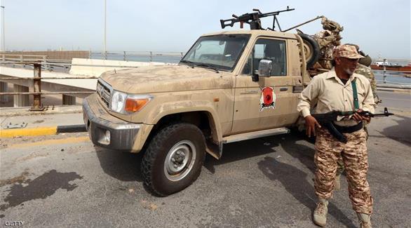 الجيش الليبي يعلن السيطرة على موانئ نفطية استراتيجية