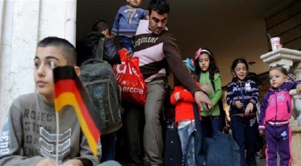 اخبار الامارات العاجلة 0201609110432358 صحيفة ألمانية: بعض اللاجئين سافروا لقضاء عطلة في أوطانهم أخبار عربية و عالمية