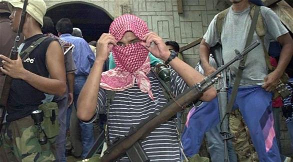 """جماعة """"أبو سياف"""" تحتجز 3 صيادين ماليزيين"""