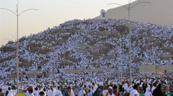 بالصور: نحو مليوني حاج يشهدون وقفة عرفات اليوم