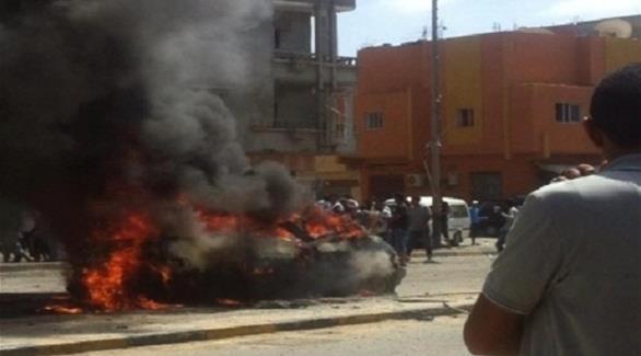 ليبيا: انفجار سيارة مفخخة خلال تظاهرة مؤيدة لحفتر في بنغازي