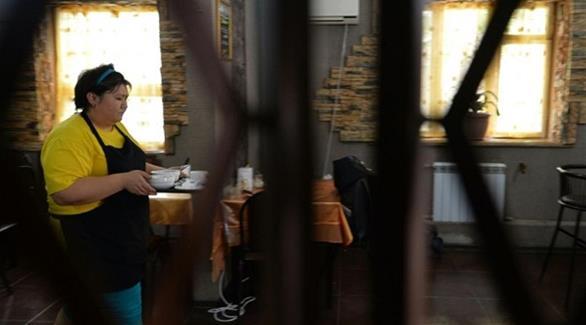 اخبار الامارات العاجلة 0201609180112645 مقهى يديره 40 عاملاً مصابون باضطرابات ذهنية أخبار متنوعة  اخبار متنوعة