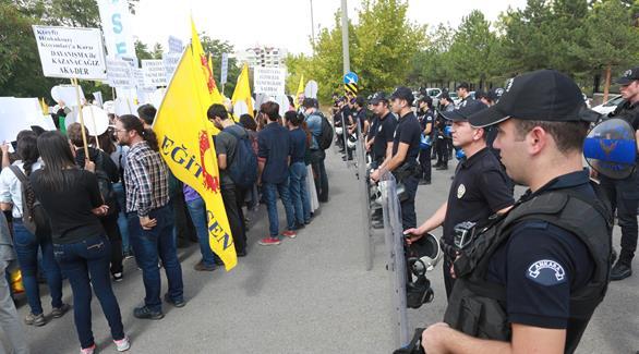 إعادة اعتقال صحافي تركي بعد أقل من 24 ساعة من الإفراج عنه