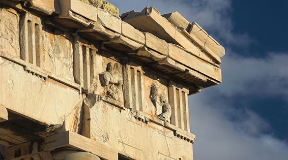 الرئيس اليوناني يطالب بإعادة أجزاء من معبد البارثينون