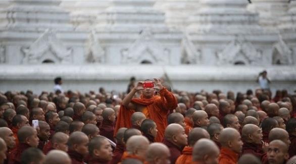 اخبار الامارات العاجلة 0201609270714253 ميانمار تعتقل سائحاً هولندياً بتهمه الإساءة إلى البوذية أخبار عربية و عالمية
