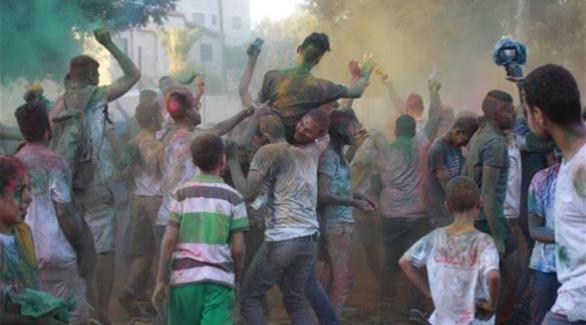 حماس تمنع إقامة مهرجان الألوان في غزة بحجة أنه حرام
