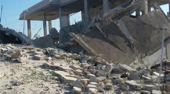 الطيران الروسي يدمر أجزاء من مشفى المغارة في حماة