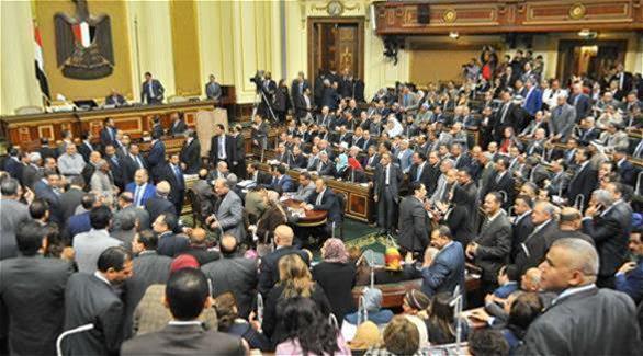 مصر: البرلمان يوافق بشكل نهائي على قانون الخدمة المدنية