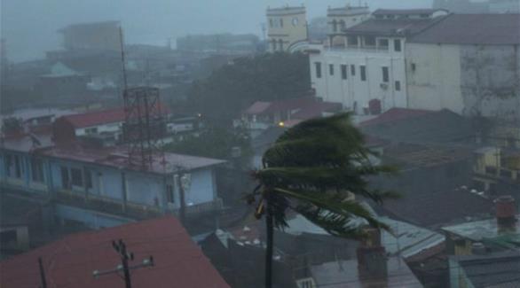 إعصار ماثيو يتجه ليضرب جزر الباهاما