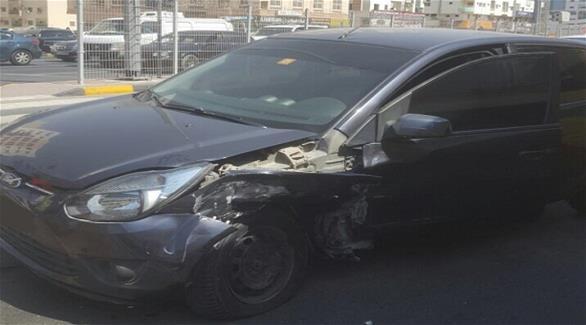 بالصور: 7 إصابات بحادث اصطدام مركبتين في عجمان