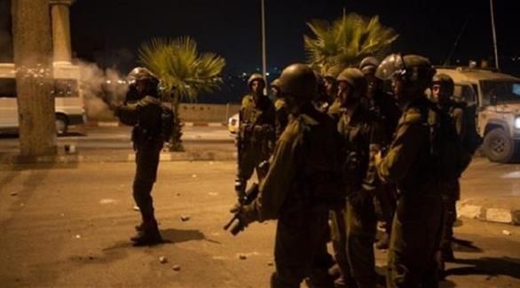 اخبار الامارات العاجلة 0201610100954334 16 معتقلاً فلسطينياً في مداهمات إسرائيلية واسعة بالضفة أخبار عربية و عالمية