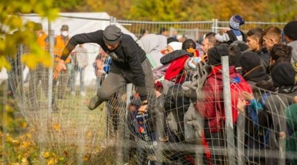 اخبار الامارات العاجلة 0201610180917616 بريطانيا تسعى لكبح تدفق المهاجرين عبر نظام تأشيرات موجّه أخبار عربية و عالمية