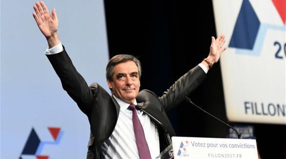 """فرنسا: فيون """"أكثر إقناعاً"""" للناخبين من جوبيه"""
