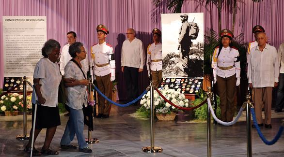 اخبار الامارات العاجلة 0201611291250437 كوبا تعتقل فناناً معارضاً لاحتفاله بوفاة كاسترو أخبار عربية و عالمية