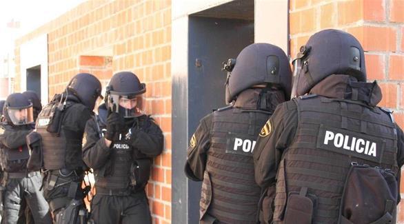 إسبانيا: اعتقال مغربي بتهمة تجنيد عناصر لداعش