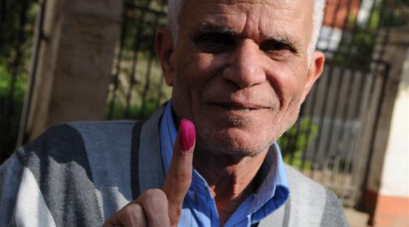 مصر: طوابير المصريين تتحدى الإخوان