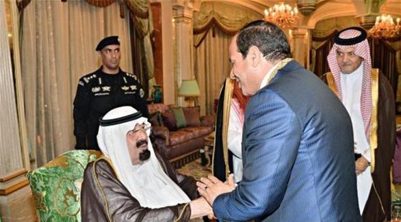 العاهل السعودي والرئيس المصري يناقشان