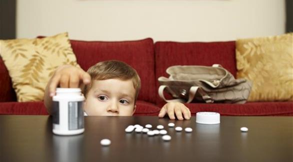 كيف تحمي طفلك من التسمم وكيف تسعفه؟