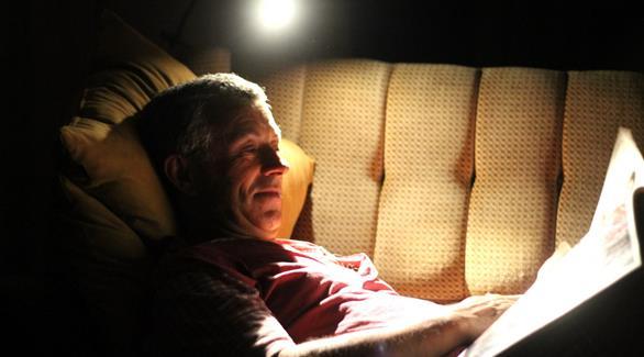 6 فوائد صحية للقراءة قبل النوم تهمك معرفتها