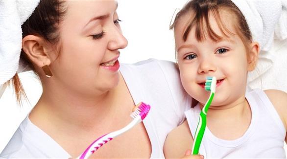 متى ينبغي تغيير فرشاة الأسنان؟  201509280312780