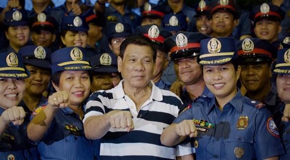 """الرئيس الفلبيني: بلادي ترحّب باللاجئين """"إلى أن تمتلئ"""""""