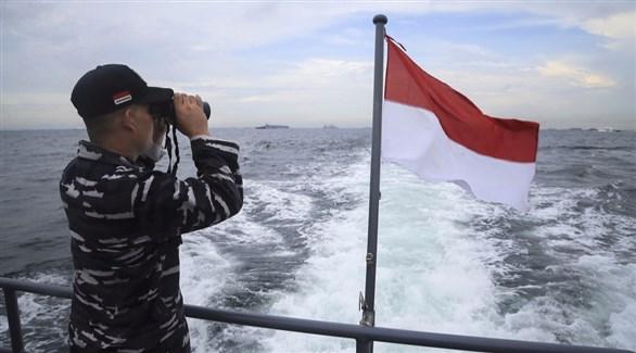 اخبار الامارات العاجلة 20161119181363913O 15 صياداً في عداد المفقودين بعد تصادم قاربين قبالة سواحل إندونيسيا أخبار عربية و عالمية