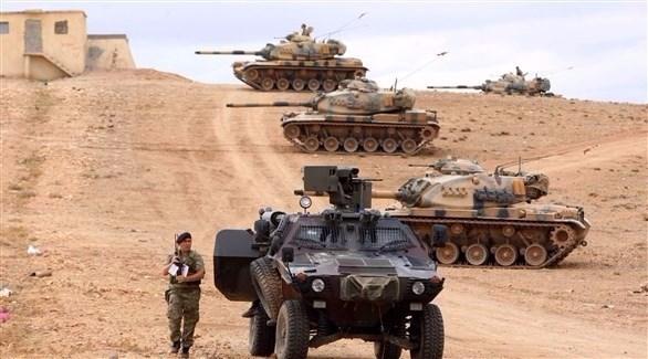 قوات تركية على الحدود مع سوريا (أرشيف)