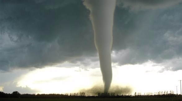 الإعصار أوفيليا يتجه شرقاً فوق الأطلسي