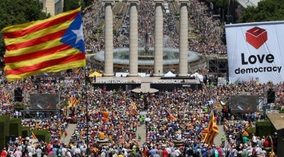 حليف لزعيم كتالونيا يدفعه لإعلان الانفصال التام