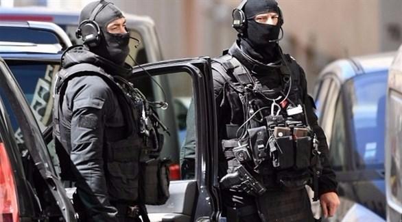 شرطيان من فرقة مكافحة الإرهاب في باريس (لوباريزيان)