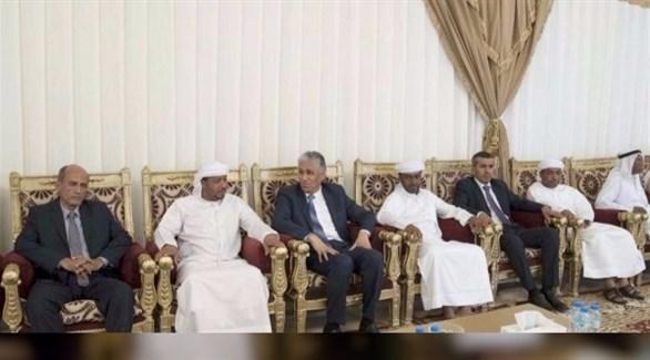 سفير الجمهورية اليمنية يعزي أسرة الشهيد زكريا الزعابي (وام)