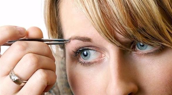 8 أسباب لتساقط شعر الحاجبين عليك معرفتها