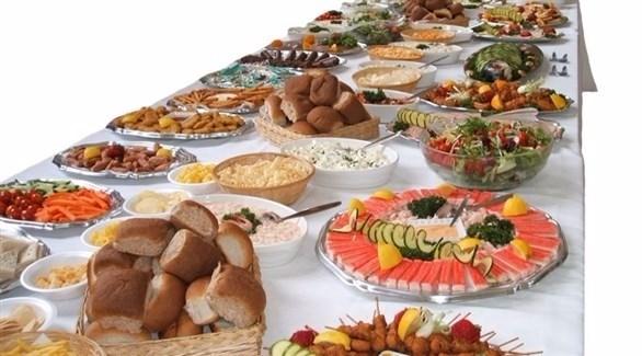 كيف تعالج الإحساس بالتخمة بعد وجبة كبيرة؟