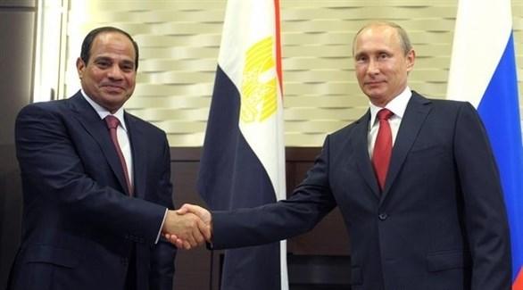 الرئيسان الروسي فلاديمير بوتين والمصري عبد الفتاح السيسي (أرشيف)