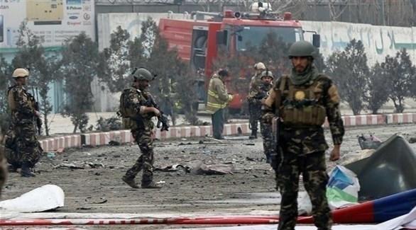 انتشار عناصر من الأمن الأفغاني بعد تفجير انتحاري سابق (أرشيف)