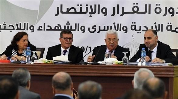 الرئيس الفلسطيني في أحد اجتماعات المجلس الثوري لحركة فتح (أرشيف)