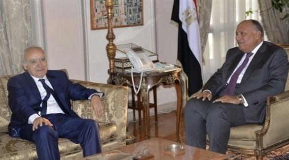 وزير الخارجية المصري وممثل الأمم المتحدة الخاص بليبيا (تويتر)