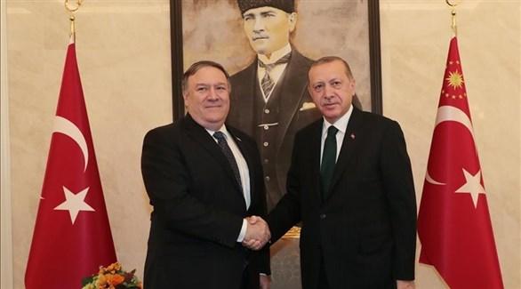 الرئيس التركي رجب طيب أردوغان ووزير الخارجية الأمريكي مايك بومبيو (حرييت التركية)