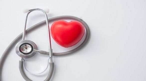يؤدي ارتفاع الكوليسترول إلى أمراض خطيرة في القلب والدماغ (ديلي ستار)