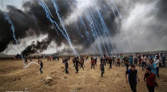الجيش الإسرائيلي يطلق قنابل الغاز على مسيرات العودة (أرشيف)