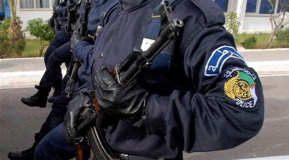 عناصر من الشرطة الجزائرية (أرشيف)