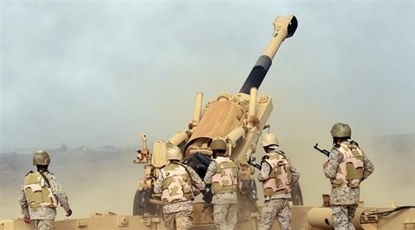 الجيش اليمني بقصف تجمعاً للميليشيا الحوثية (أرشيف)