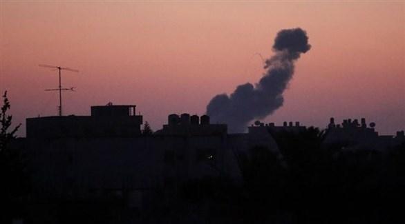 الدخان يتصاعد بعد قصف إسرائيلي سابق في غزة (أرشيف)