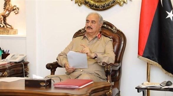 القائد العام للجيش الوطني الليبي المشير خليفة حفتر (وال)