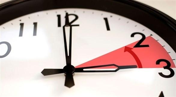 تغيير الساعة بين التوقيت الصيفي والشتوي (أرشيف)