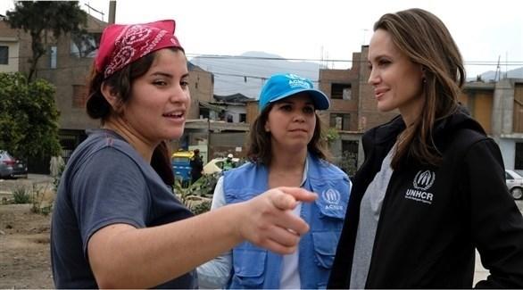 أنجلينا جولي تزور مهاجرين فنزويليين في بيرو (أرشيف)